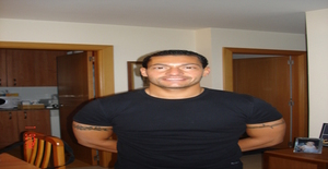 Enzo... 43 years old I am from Barcelona/Cataluña, Seeking Dating Friendship with Woman
