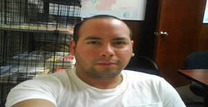 Renzozavalaga 36 years old I am from Lima/Lima, Seeking Dating Friendship with Woman