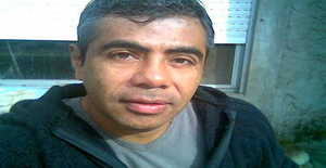 Jos45car 54 years old I am from Banfield/Provincia de Buenos Aires, Seeking Dating Friendship with Woman