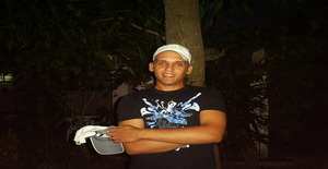 Fernan24 33 years old I am from Ciudad de la Habana/la Habana, Seeking Dating with Woman