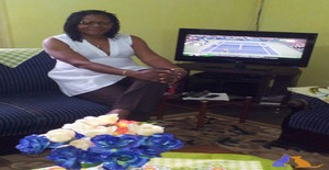 Esther kwedi 57 years old I am from Kribi/South, Seeking Dating Marriage with Man